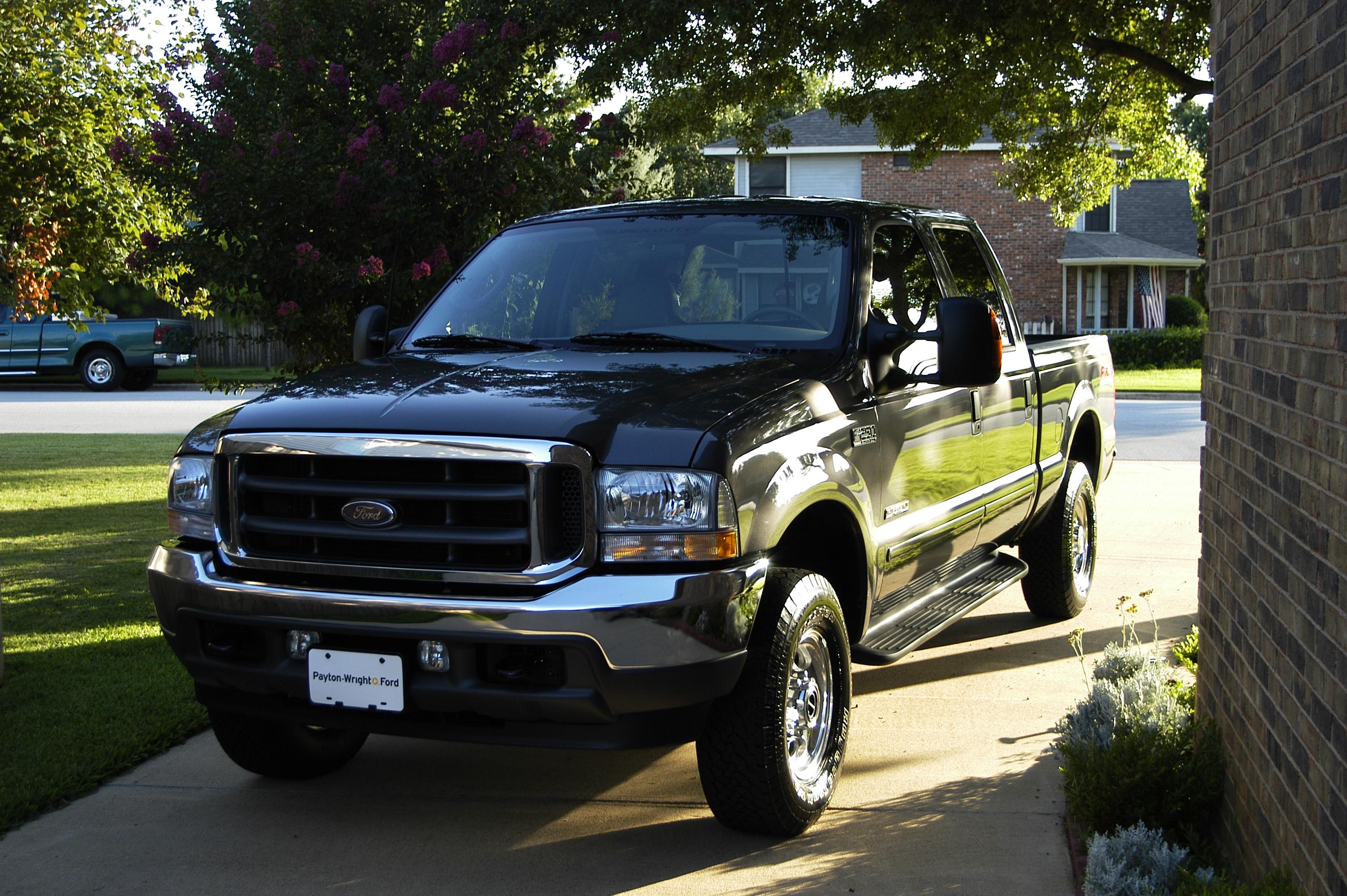 Dsc on 2001 Ford Ranger Engine